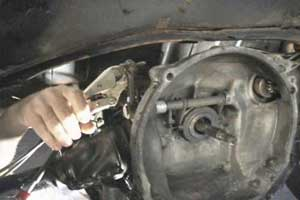 TheSamba.com :: View topic - broken clutch cable?